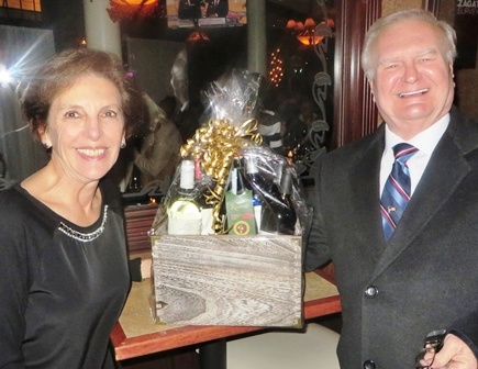 2016 bvca holiday party presenting basket to al james small