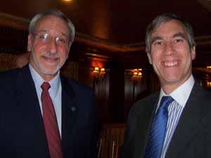 Former Great Neck Mayor and NCVOA Past President Ralph Kreitzman with Thomaston Mayor Steven Weinberg