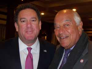 Brookville Mayor Dan Serota with North Hills Mayor and NCVOA Past President Marvin Natiss